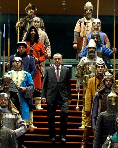 """پیلانگێڕی پرۆژەی دروستكردنی """"توركیای گەورە""""  كە كوردستان و چەندین وڵات دەگرێتەوە ئاشكرادەكرێت"""